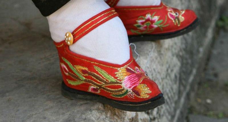 Ноги Китайский лотос